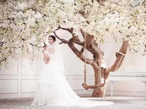 Ngọc Hân kiêu kỳ trong bộ váy cưới tự thiết kế - ảnh 7