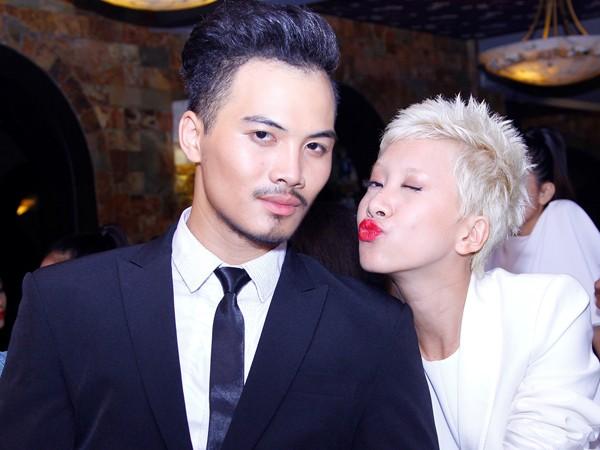 Các 'cặp đôi' của Next Top thân mật trong hậu trường - ảnh 4