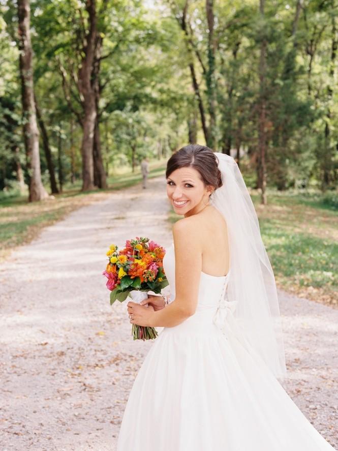 'Bí kíp' để cô dâu xinh đẹp rạng ngời trong lễ cưới - ảnh 2