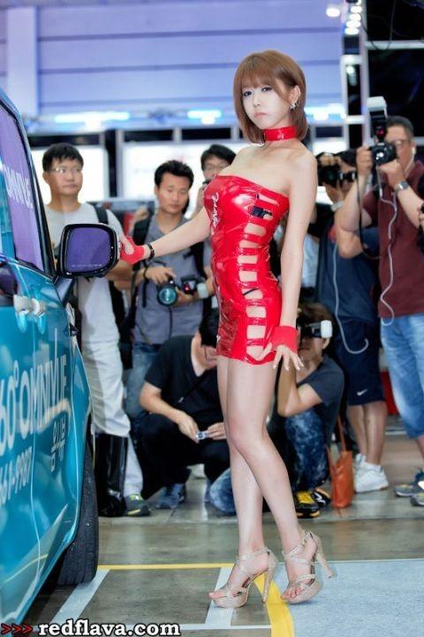 Sắc hồng quyến rũ tại triển lãm xế hộp Hàn Quốc - ảnh 1