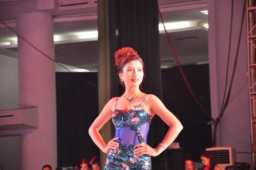 Hình ảnh đêm chung kết 'Người đẹp xứ Trà' 2013 - ảnh 18