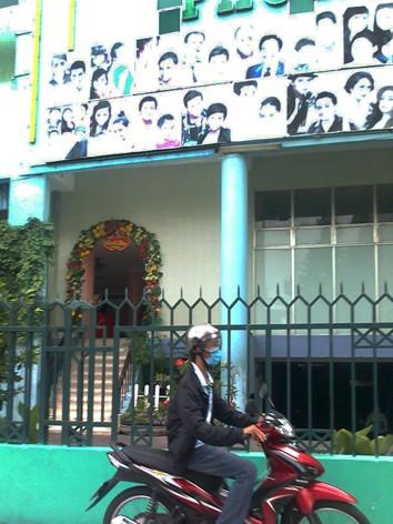 Sân khấu kịch Phú Nhuận nằm trong nhà văn hóa