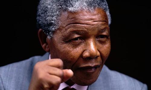 Cựu Tổng thống Nam Phi Nelson Mandela, biểu tượng của cuộc chiến chống chủ nghĩa phân biệt chủng tộc