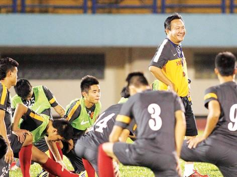 Thầy trò HLV Hoàng Văn Phúc sẵn sàng tranh tài tại BTV Cup chiều nay. ảnh: VSI