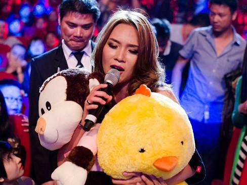 Thắng đề cử EMA Đông Nam Á, Mỹ Tâm hát cực 'sung' - ảnh 11