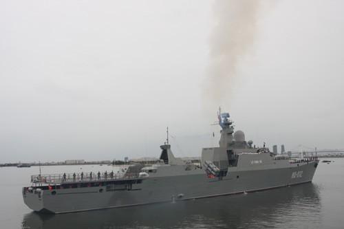 Tàu hộ vệ tên lửa Đinh Tiên Hoàng và Lý Thái Tổ thăm Trung Quốc - ảnh 1