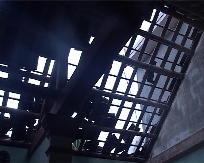 Lốc gây thiệt hại cho người dân ở Thừa Thiên Huế