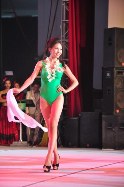 Hình ảnh đêm chung kết 'Người đẹp xứ Trà' 2013 - ảnh 10