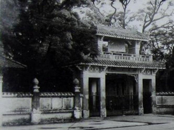 Đại tướng Võ Nguyên Giáp từng học ở Trường Quốc Học Huế từ năm 1925 - 1927.