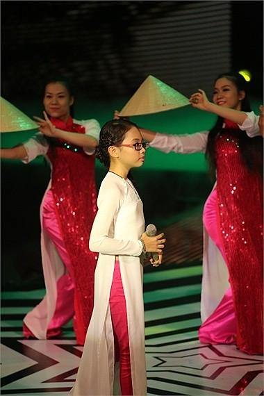 Quang Lê cũng sẽ thu xếp để Phương Mỹ Chi lưu diễn ở nước ngoài trong thời gian nghỉ hè