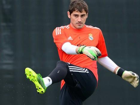 Casillas không còn chỗ đứng tại Bernabeu