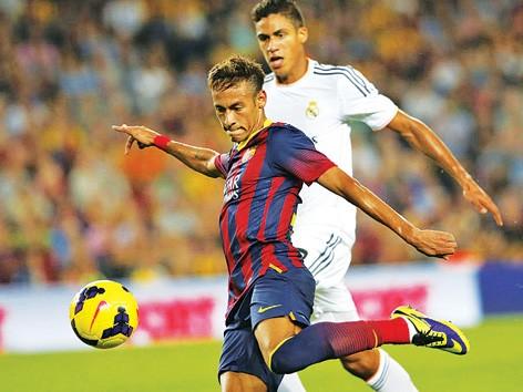 Neymar, cầu thủ ghi bàn mở tỷ số và kiến tạo bàn thứ hai cho Barca. Ảnh: AP