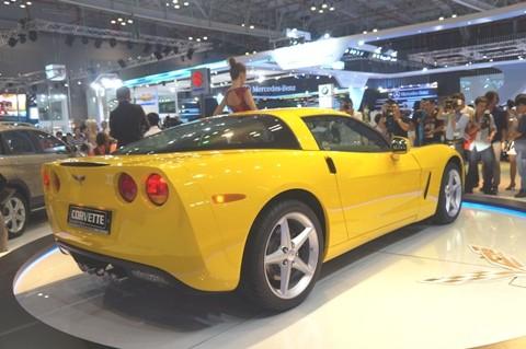 GM mang Corvette C6 tới triển lãm - ảnh 3