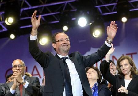 Ngày 6- 5 -2012, ông Francois Hollande giành chiến thắng trước ông Sarkozy và trở thành tổng thống Pháp