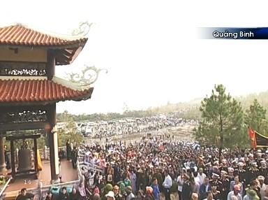 Toàn cảnh lễ an táng Đại tướng tại Vũng Chùa.