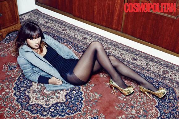Lee Hyori táo bạo với nội y trên tạp chí - ảnh 2