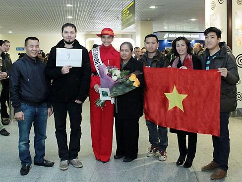 Miss Universe: Trương Thị May đã có mặt ở Moskva - ảnh 8