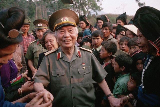 10 bức ảnh đẹp ấn tượng của Đại tướng Võ Nguyên Giáp - ảnh 10
