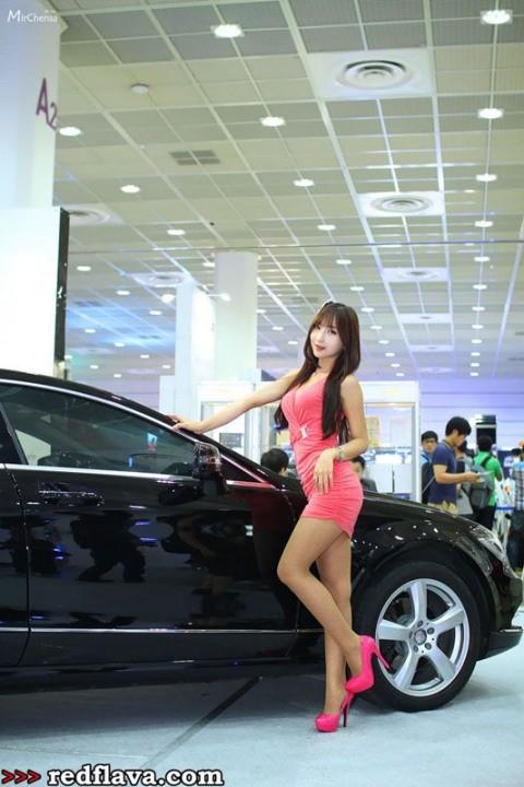 Sắc hồng quyến rũ tại triển lãm xế hộp Hàn Quốc - ảnh 15