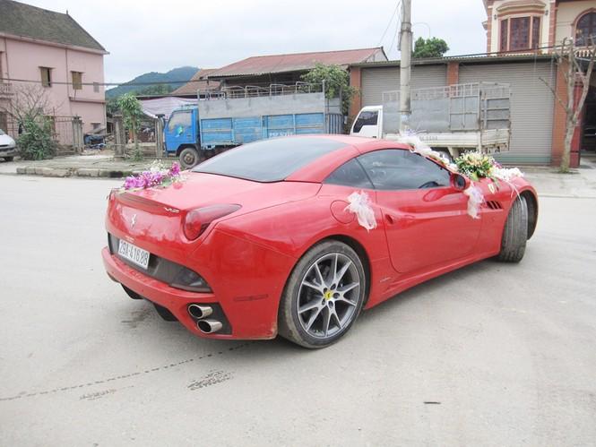 Siêu xe Ferrari của nữ đại gia