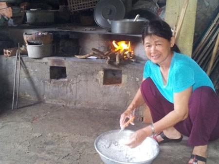 Những bếp đun củi thường gặp tại các gia đình ở huyện đảo Phú Quý