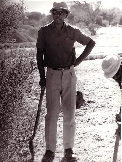 Năm 1977: Nelson Mandela làm vườn ở nhà tù Đảo Robben. (Nguồn: Getty)