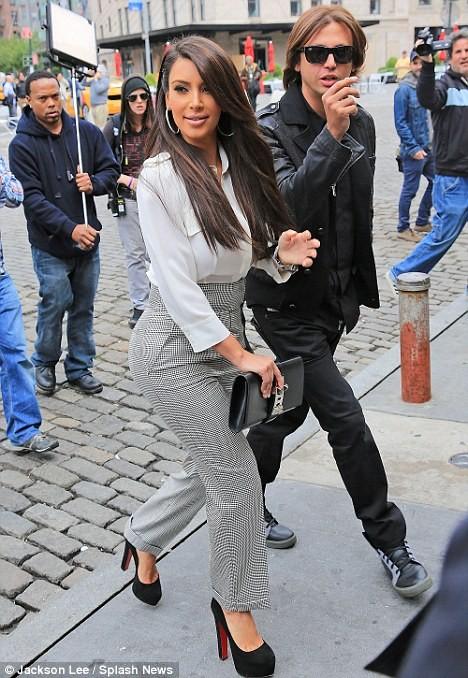 Người đẹp đang rất hạnh phúc với người tình mới - rapper Kayne West