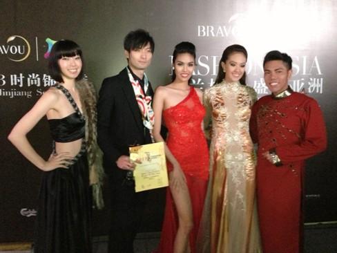 Lan Khuê vào top 5 Người mẫu thời trang châu Á - ảnh 6