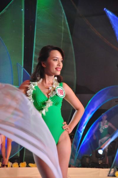 Hình ảnh đêm chung kết 'Người đẹp xứ Trà' 2013 - ảnh 14