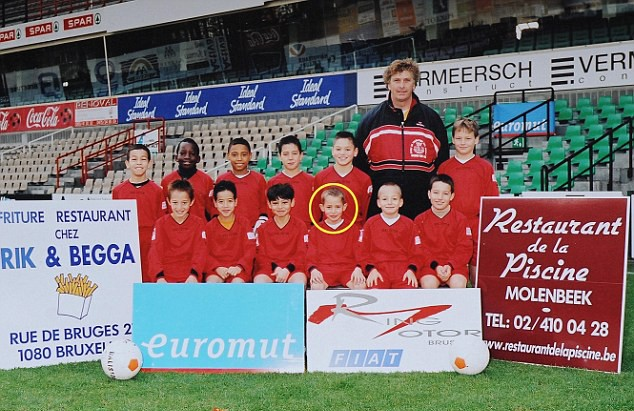 Januzaj và đội U11 RWDM Brussels FC