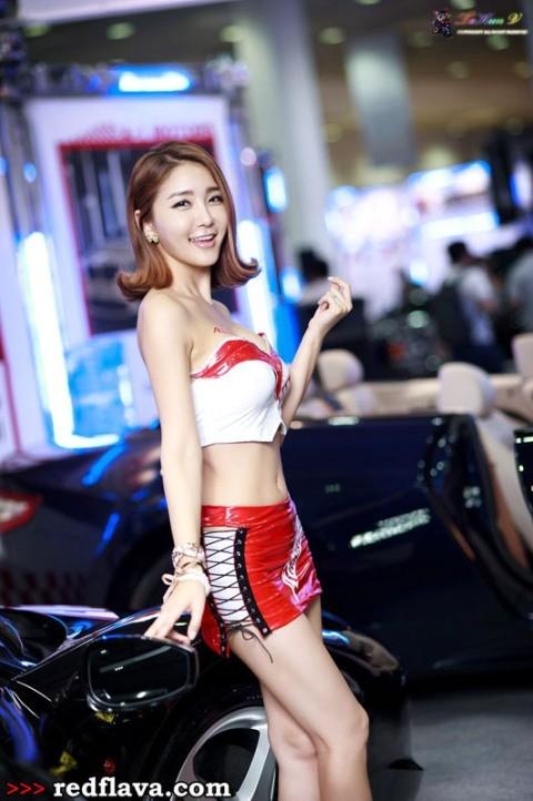 Sắc hồng quyến rũ tại triển lãm xế hộp Hàn Quốc - ảnh 7