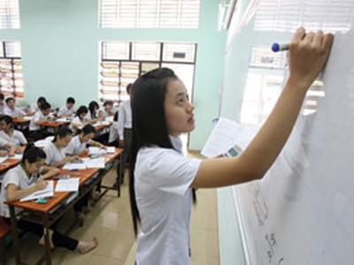 HS lớp 12 Trường Nguyễn Khuyến (TP.HCM) ôn tập môn toán