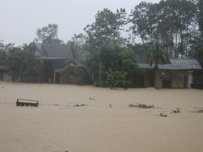 Hà Tĩnh: Lũ nhấn chìm 3 huyện miền núi - ảnh 4