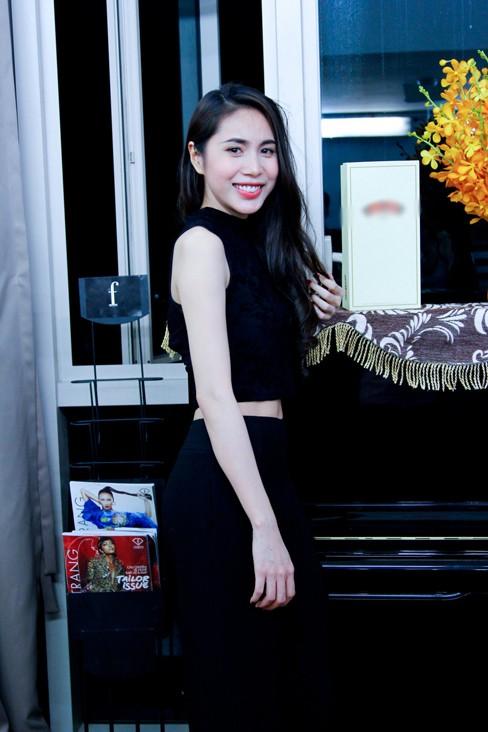 Thủy Tiên khoe da trắng muốt ở nhà chung Next Top Model - ảnh 2