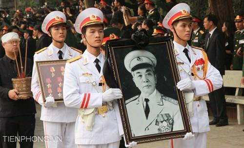 Đại tướng Võ Nguyên Giáp đã yên nghỉ trong lòng đất Mẹ - ảnh 82
