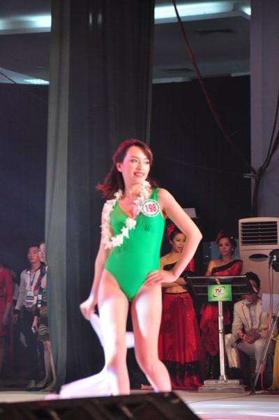 Hình ảnh đêm chung kết 'Người đẹp xứ Trà' 2013 - ảnh 11