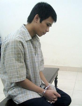 Tạ Văn Hậu trong giờ nghị án
