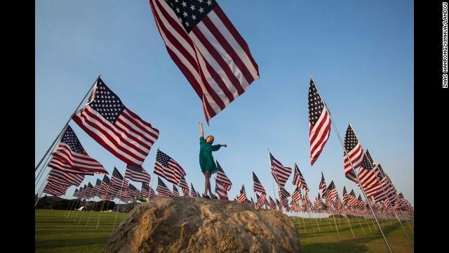 Người dân Mỹ vẫn chưa thể quên được vụ tấn công khủng bố.