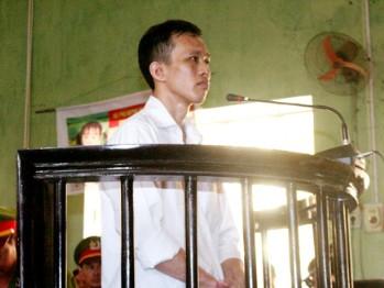Nguyễn Đức Tiềm tại phiên tòa sơ thẩm ngày 30-8