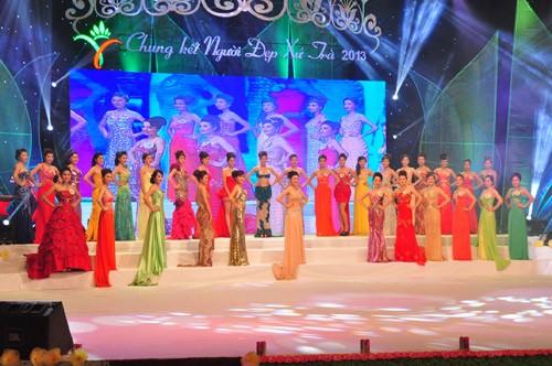Hình ảnh đêm chung kết 'Người đẹp xứ Trà' 2013 - ảnh 26