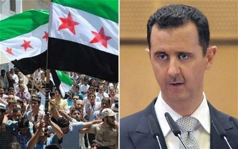 Cuộc khủng hoảng ở Syria diễn ra trong năm qua làm khoảng 40.000 người thiệt mạng. Các biện pháp cứng rắn cùng như một giải pháp hòa bình đang được cộng đồng quốc tế nghiên cứu để áp dụng cho quốc gia Trung Đông này nhằm sớm chấm dứt tình trạng đẫm máu kéo dài trong thời gian dài
