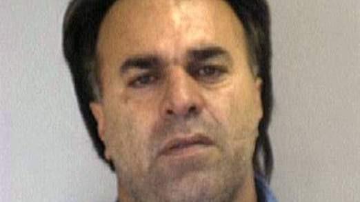 Manssor Arbabsiar, 58 tuổi nhận án 25 năm tù vì âm mưu ám sát đại sứ Ảrập Xê út tại Mỹ