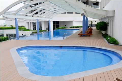 Bể bơi phục vụ cư dân