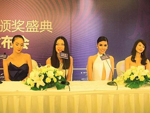 Lan Khuê nổi bật ở họp báo bên các siêu mẫu châu Á - ảnh 2
