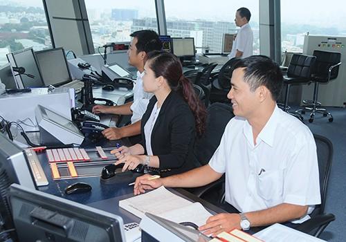 Từ sáng nay (7/11): Sân bay Tân Sơn Nhất có 2 phân khu điều hành bay riêng - ảnh 1