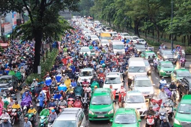 Mở đường, phân luồng... chống ùn tắc cho sân bay Tân Sơn Nhất dịp Tết - ảnh 2