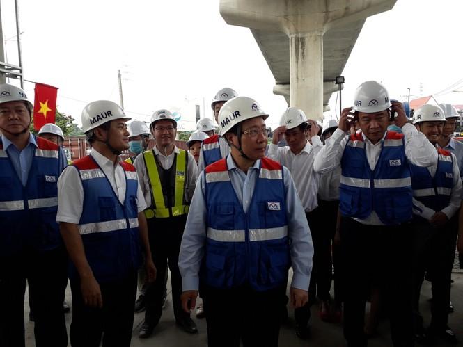 Phó Thủ tướng Phạm Bình Minh thị sát tuyến metro số 1,gỡ vướng các dự án vốn ODA - ảnh 3