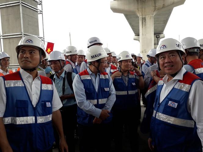 Phó Thủ tướng Phạm Bình Minh thị sát tuyến metro số 1,gỡ vướng các dự án vốn ODA - ảnh 2