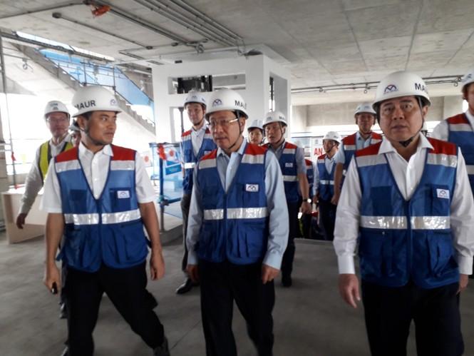 Phó Thủ tướng Phạm Bình Minh thị sát tuyến metro số 1,gỡ vướng các dự án vốn ODA - ảnh 1