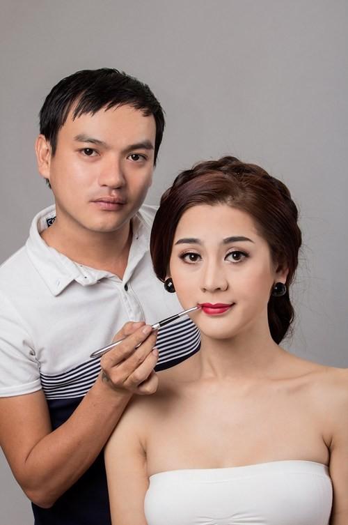 Người mẫu trong showbiz Việt giàu hay nghèo? - ảnh 1